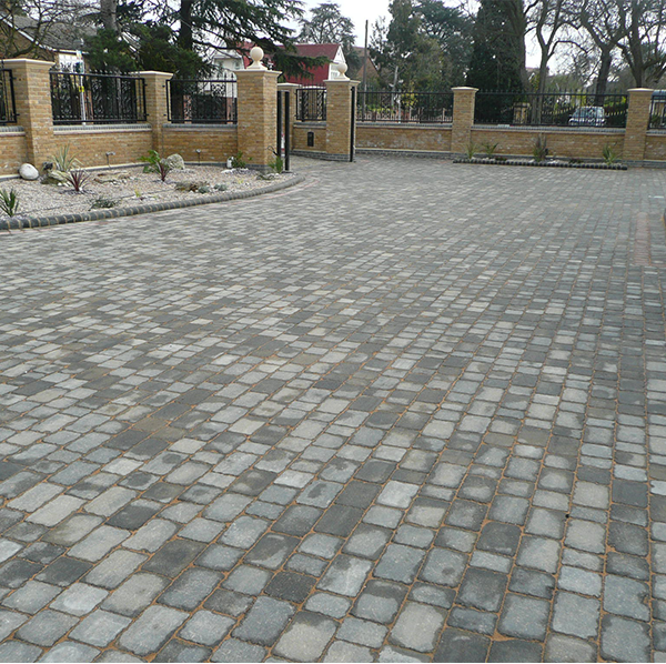 Woburn rumbled block paving driveway essex