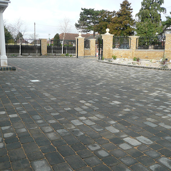 Woburn rumbled block pavers